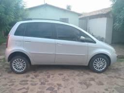 Carro Fiat Ideia - 2010