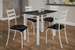 Mesa 4 cadeiras Cris
