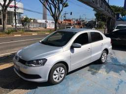 Volkswagen Voyage 1.6 4P
