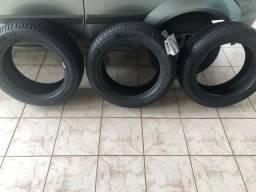 3 Pneus Michelin Aro16 1.200 reais