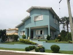 Bela Casa no Condomínio Condado de Castella = Viamão