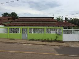 Aluga-se uma casa no bairro Jardim de alah