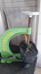 Máquina de cola camera 400 reais