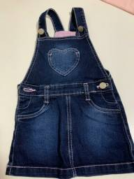 Jardineira jeans com lycra