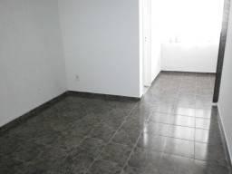 Apartamento de sala e quarto Bairro Peixoto em Copacabana