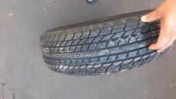 Pneu GT Champiro 165/ 70 Aro 13. R$ 150,00