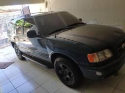 Blazer V6 DLX completa