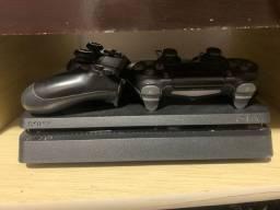 Vendo play 4 semi novo 1TB + Jogos