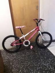 LiNDA Bike aro 20 em ótimo estado ENTREGO