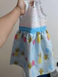 Vestido infantil novíssimo. Tam 2 anos