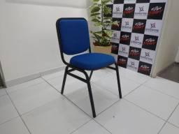 Conjunto de Mesas e Cadeiras Universitárias