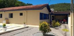 Casa em São Pedro de Alcântara
