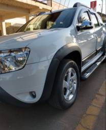 Duster Dynamique 1.6 2014 (a mais completa da categoria)