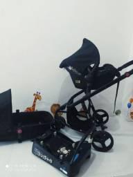 Lindo kit carrinho Moisés e bebê conforto