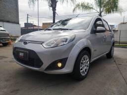 FORD - Fiesta Sed. 1.6 Completo Novo - 2012