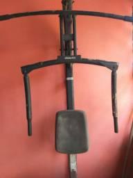 Vendo ou troco  máquina de musculação