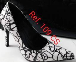 Revenda sapatos social sofisticados Feminino e Masculino diferenciados de couro legítimo