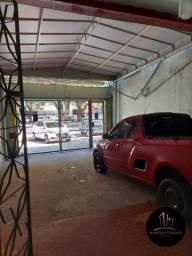Casa de 2 Pavimentos p/ Comércio na Pedro Miranda em Frente ao Preço Baixo