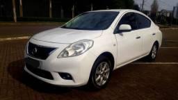 2013 Nissan Versa Sl 1.6 Kit Multimidia 75mil km Financio/Troco