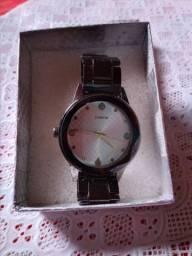 Vendo Relógio  Feminino