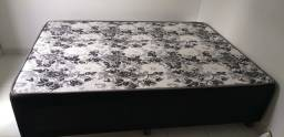 Vendo cama de casal 1.88m x 1.38m