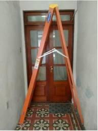Escada Fibra de Vidro (2,43 m)