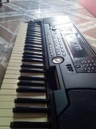 TECLADO PSR 550 (Leia)