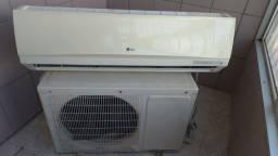 Ar-condicionado 12.000 BTUs