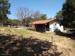 Lindo Sítio em Carmo do Cajuru,48.000 m²