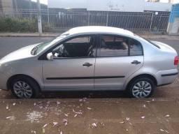Vendo Polo Sedan 1.6 Completo + Couro