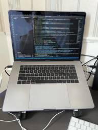 MacBook Pro late 2017 15?6?