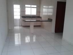 Alugo apartamento no Pq 10 (cj Jardim Sakura), 2 qtos