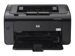 Título do anúncio: Impressora  top Hp Laserjet Pro P1102w Com Wifi Preta 115v - 127v<br><br>