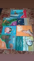 Vendo livros completo do 4° ano