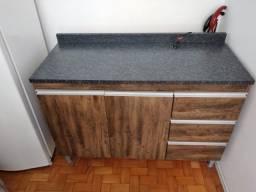 Balcão de cozinha com menos de 10 meses de uso