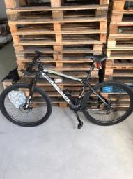 Bike aro 29 - conservada estado de nova
