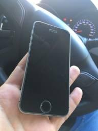 Vendo IPhone SE em perfeito funcionamento .
