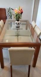 Vendo mesa de madeira TOK STOCK com 6 cadeiras 1.300,00