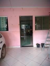 Excelente casa Recanto das Emas, garagem, 2 quartos, sala ecozinha