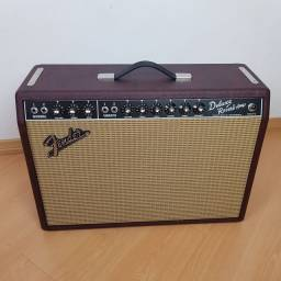Amplificador Fender Deluxe Reverb Limited Edition Wine Red