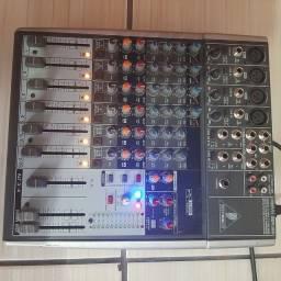 Mesa de Som Behringer Xenyx 1204 USB