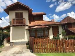 Casa com 4 dormitórios à venda, 103 m² por R$ 750.000,00 - Serrinha - Teresópolis/RJ