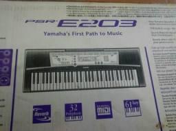 Teclado Yamaha Psr E203