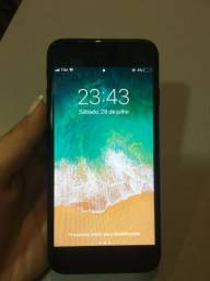 IPhone 7 bem conservado