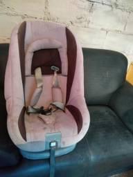 Cadeira, cama e carrinho de bebe