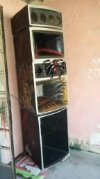 Caixa De Som R$ 600