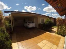 Título do anúncio: Casa residencial à venda, Jardim Novo Mundo, Goiânia - CA0113.
