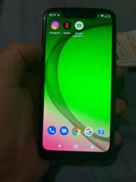Vendo Motorola G7 com caixa,nota fiscal e carregador