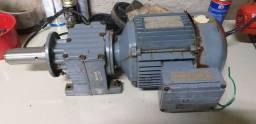 Motor com redutor trifásico ( descrições praquetinha do motor )