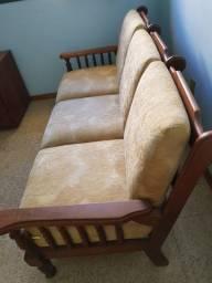 Sofá em madeira